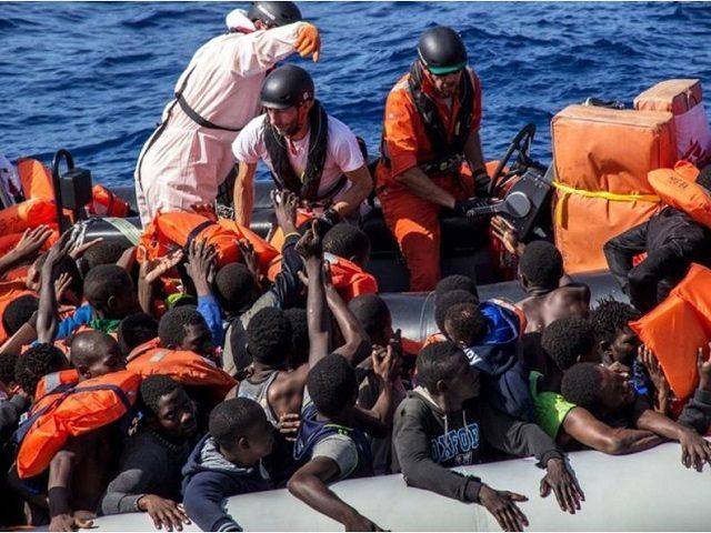 african-migrants-640x480